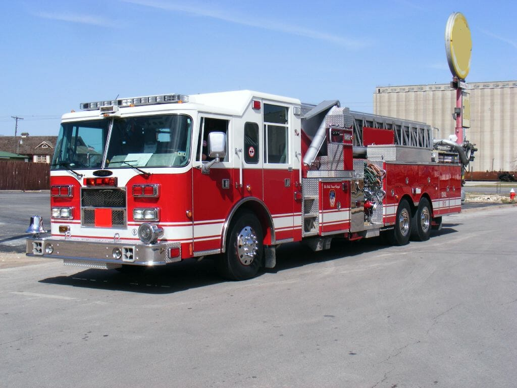 2006 Pierce 100 Quint Refurb Texas Fire Trucks